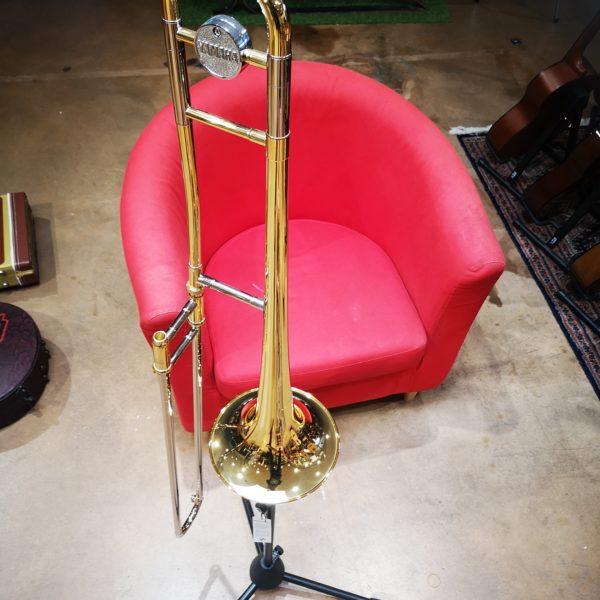 Trombone fauteuil rouge
