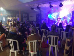 concert avec public assis