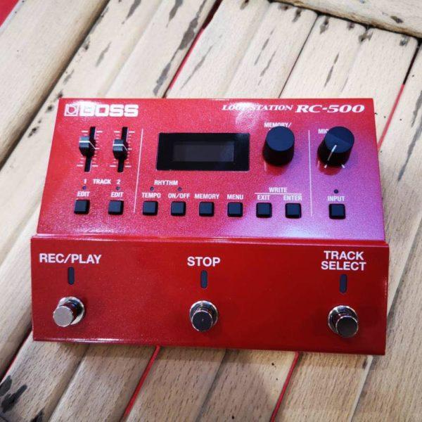 Pédale effet guitare rouge