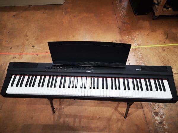 piano noir et blanc