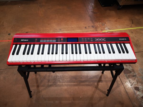 clavier rouge blanc et noir