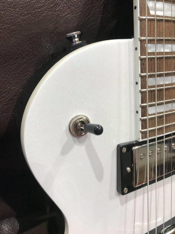 boutons de guitare transparent