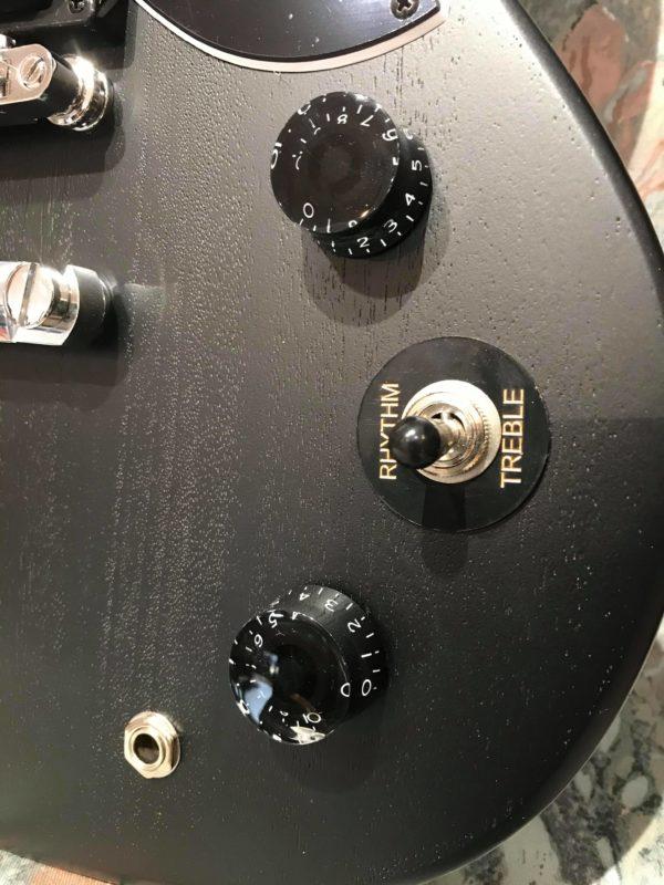 boutons de guitare électrique noire