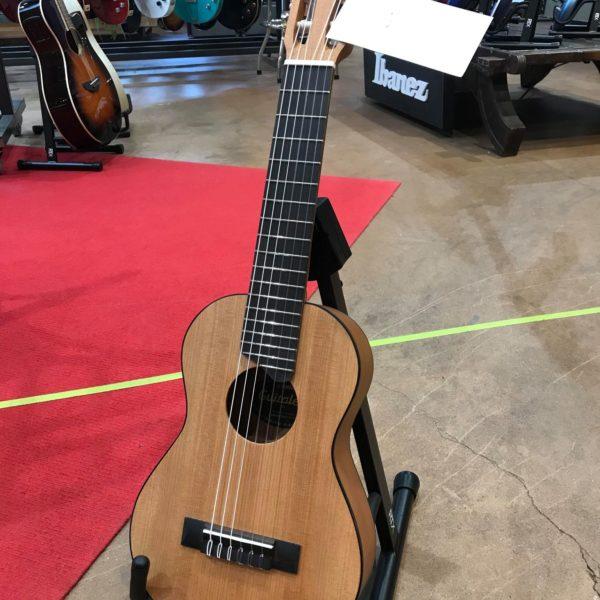 guitare de voyage marron
