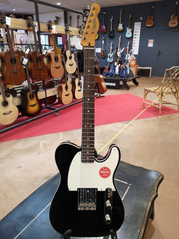 guitare électrique noire