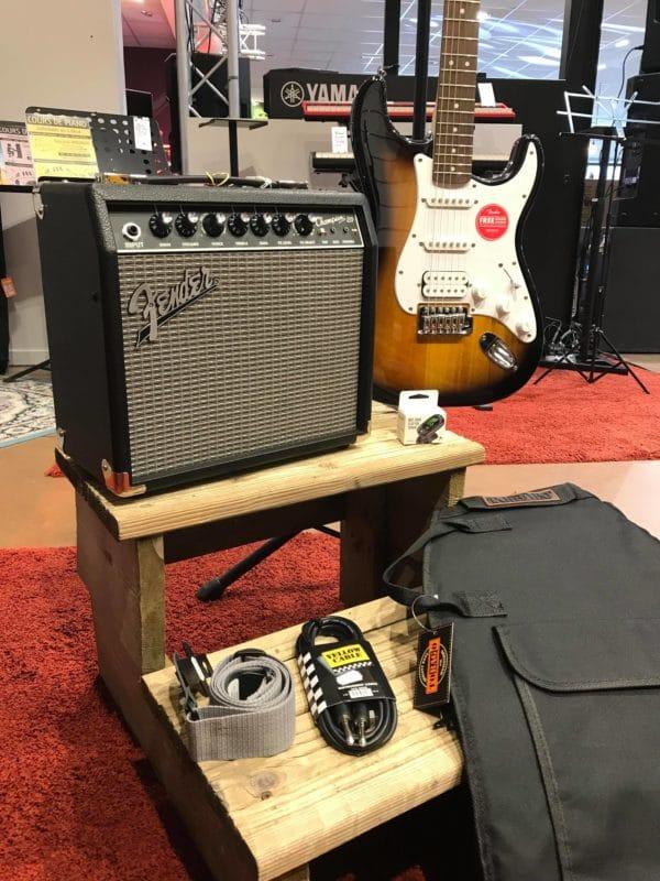 ampli avec guitare sangle jack housse