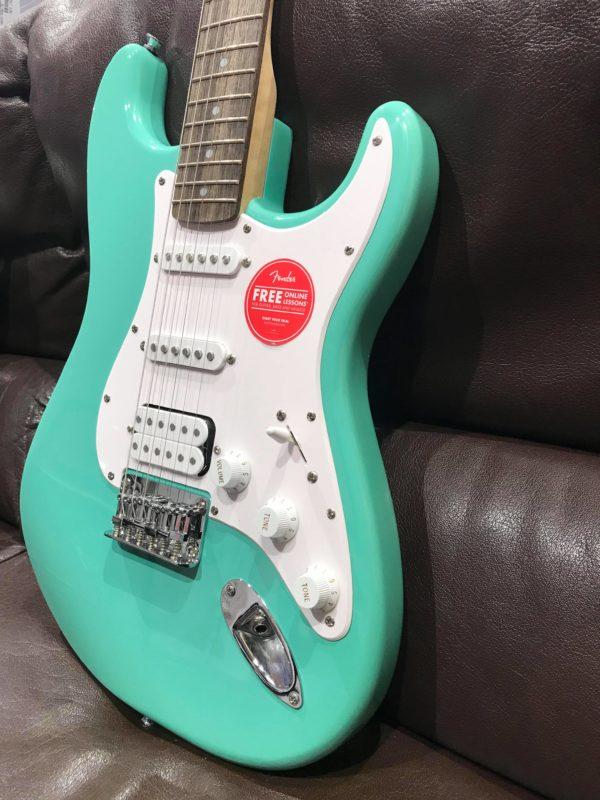 guitare électrique bleu verte